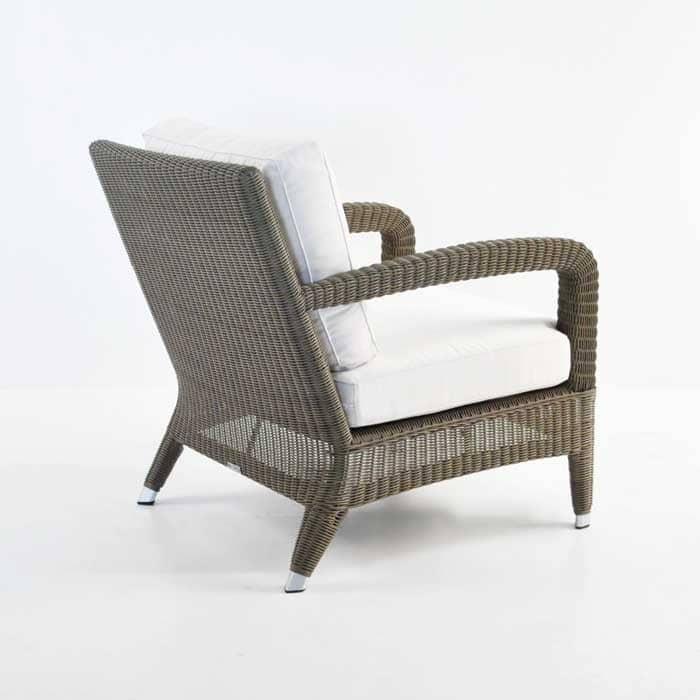 Outdoor Relaxing Wicker Chair Kubu back view