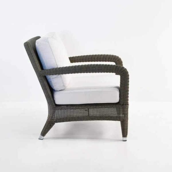 Outdoor Relaxing Wicker Chair Kubu side view