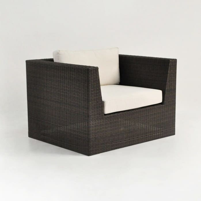 Outdoor Wicker Club Chair in Java pic