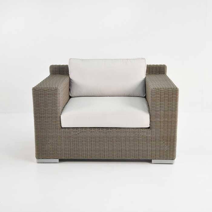 Henry Outdoor Wicker Club Chair (Kubu)-678