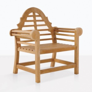 Lutyens teak relaxing chair outdoors angle