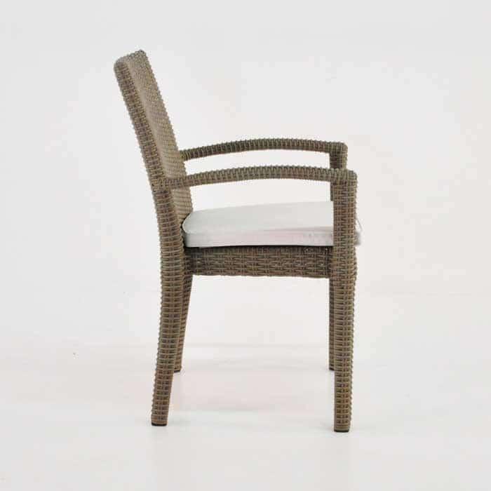Romansa Wicker Dining Arm Chair (Kubu)-504