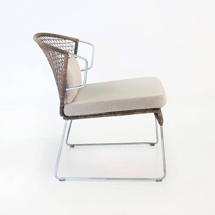 Sophia outdoor wicker relaxing chair sampulut design for Relaxing chair design