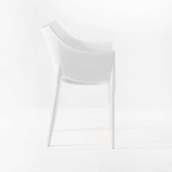 Wing Outdoor Chair in Polypropylene (White)-574