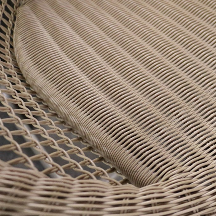 Pietro Outdoor Relaxing Wicker Chair close up
