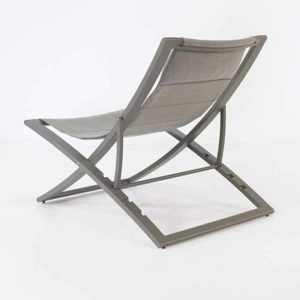 Bay Sling relaxing chair back view