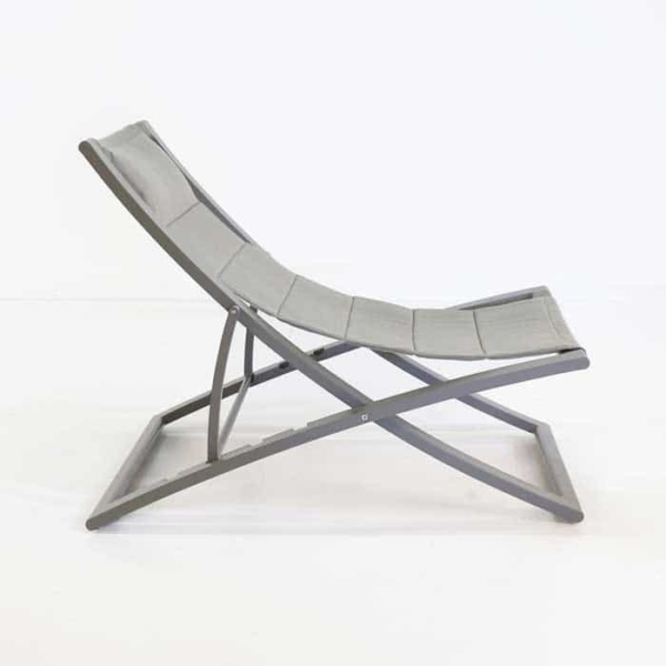 Bay Sling relaxing chair side view