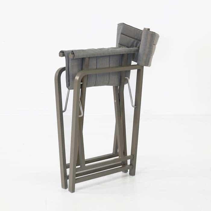 El Fresco folded directors chair