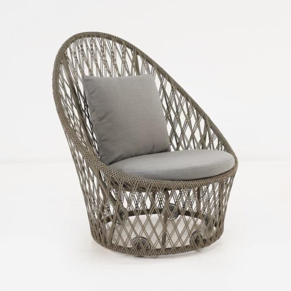 Sunai brown wicker relaxing chair
