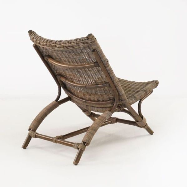 Zen teak chair back view