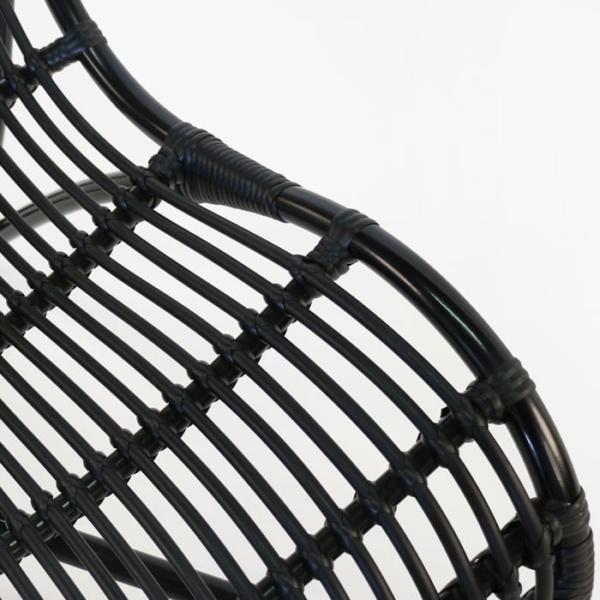 Elle Outdoor Wicker Relaxing Chair closeup
