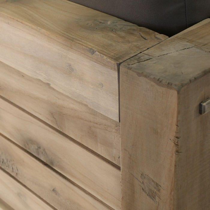 Lodge distressed teak wood corner close up
