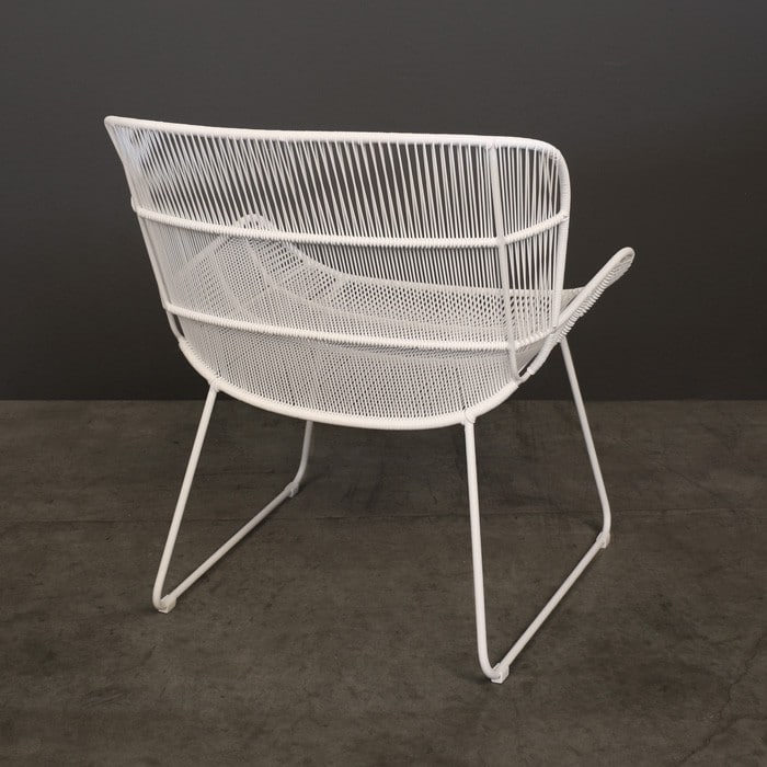 Nairobi woven relaxing chair white outdoor wicker for Relaxing chair design