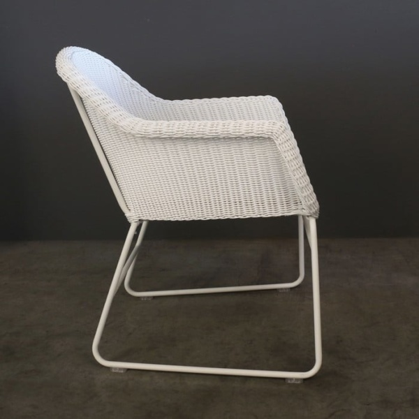 Harbour wicker dining chair side view
