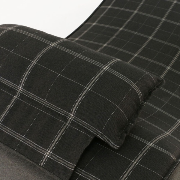 club 21 sun lounger in black pattern closeup view