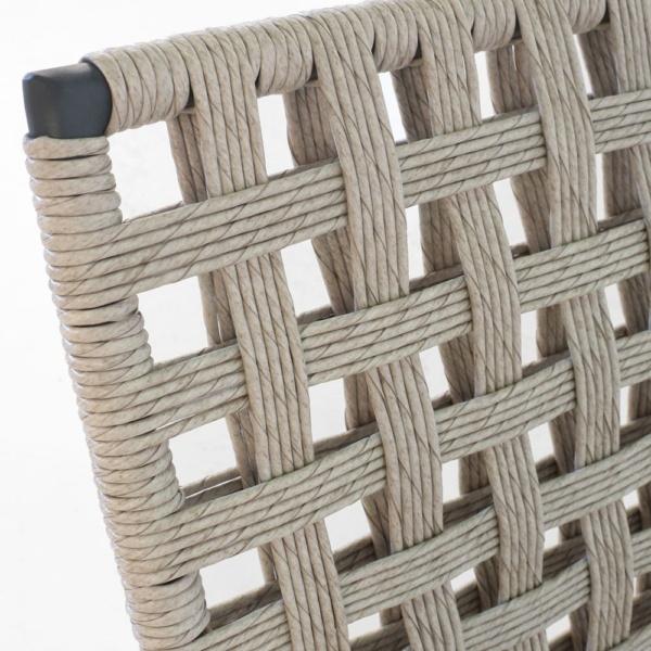 Mayo weave closeup