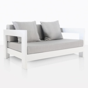 White aluminium relaxing chair