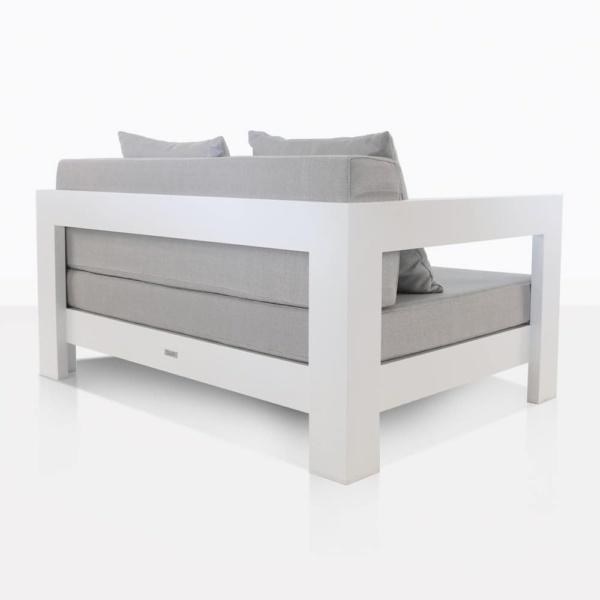 club angle - white aluminium amalfi