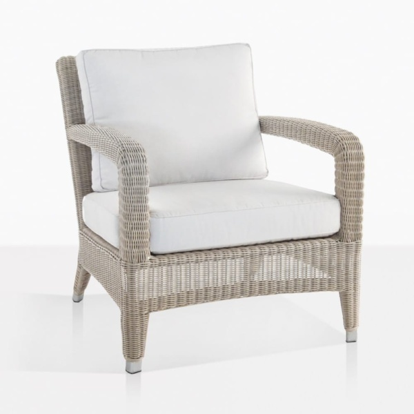 Aaron Wicker Relaxing Chair With Cushions