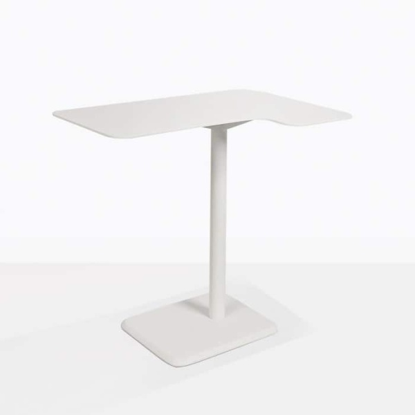 lulu outdoor accent table corner angle view