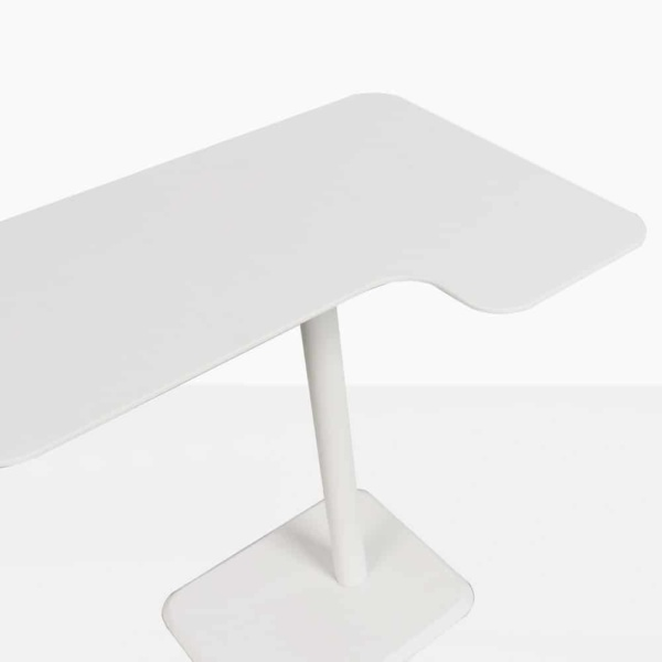 Lulu Outdoor Accent Table Closeup