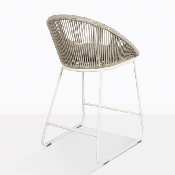 back angle urban stool