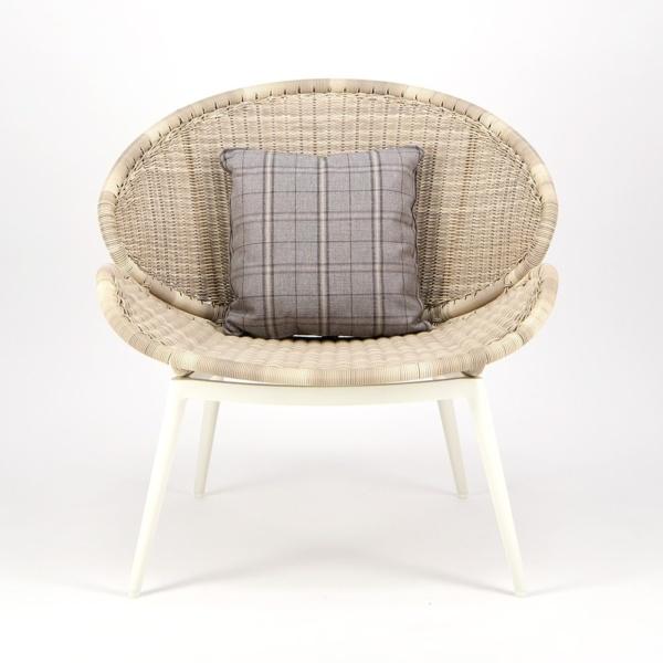 Scoop Outdoor Woven Relaxing Chair - Front View