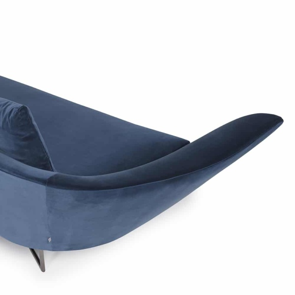 Little wing low sofa curved - right arm view